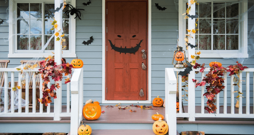 Outdoor Halloween Front Porch Simple Decor Ideas